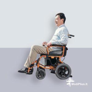 Stilingas elektrinis vežimėlis senjorams / neįgaliesiems. Šiuolaikiškai pagamintas, kad būtų lengva naudoti ir transportuoti. Itin lengvas naudojimas.