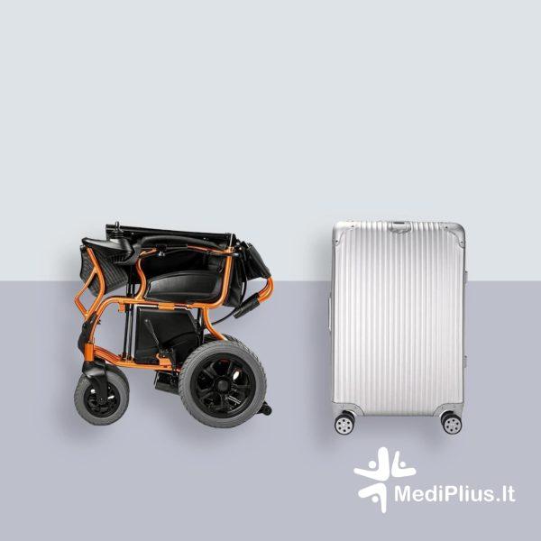 susilankstantis-neįgaliojo-vežimėlis