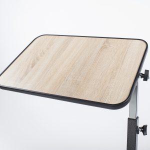Ligonio staliukas virš lovos