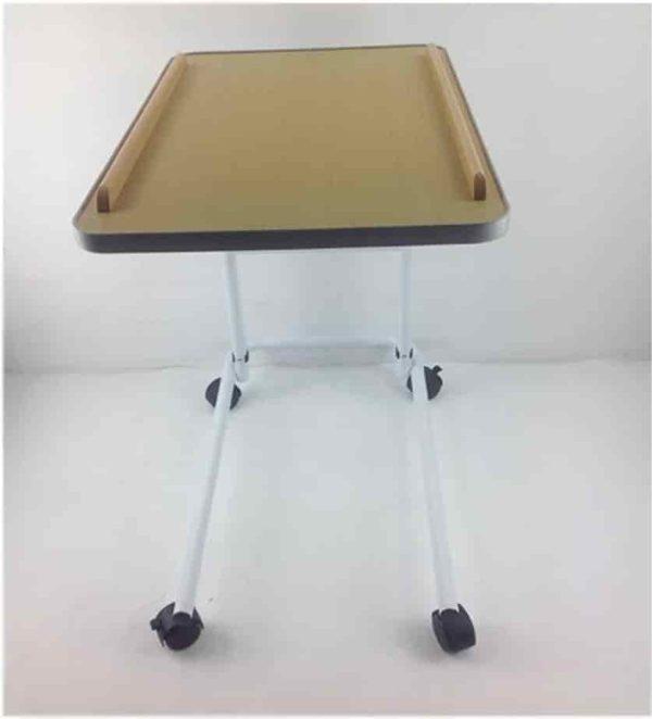 Slaugos-staliukas-mediplius