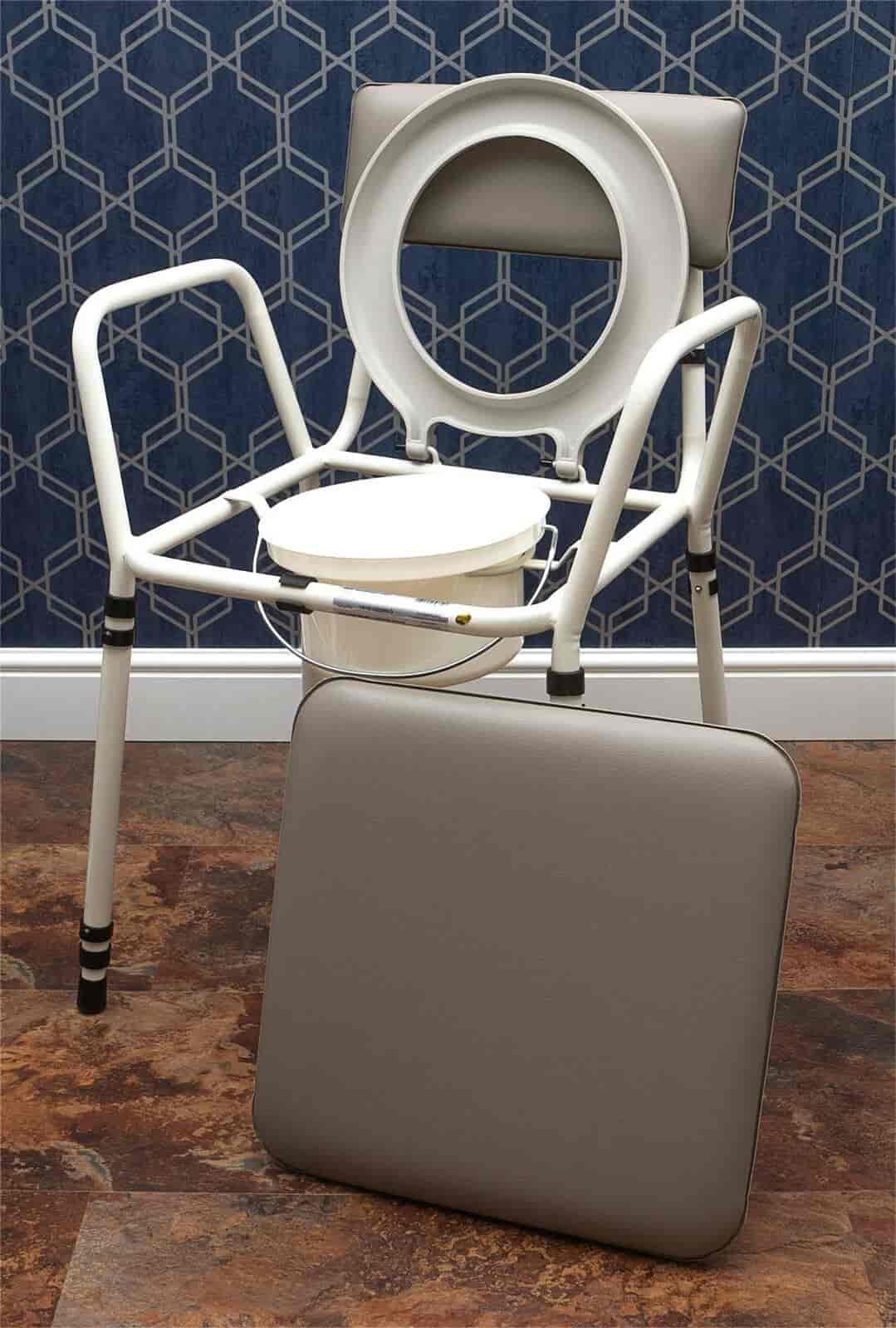 tualeto ir dušo kėdė su reguliuojamu aukščiu